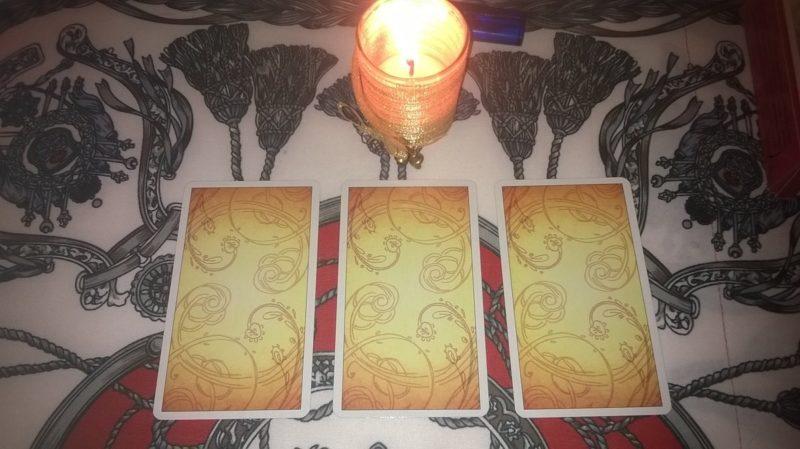 Tarot jóslás ezoterikus lelkeknek