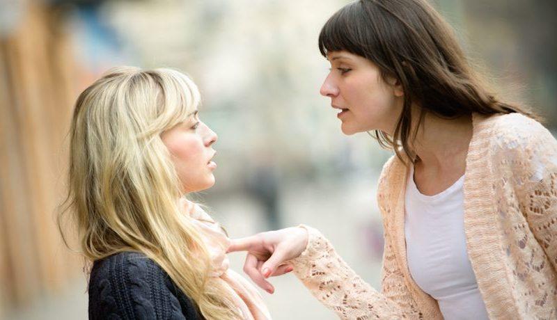 9 jel, hogy mérgező barátaid, ismerőseid vannak