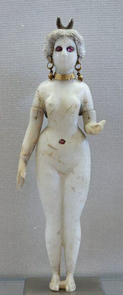 Istár istennő szobra