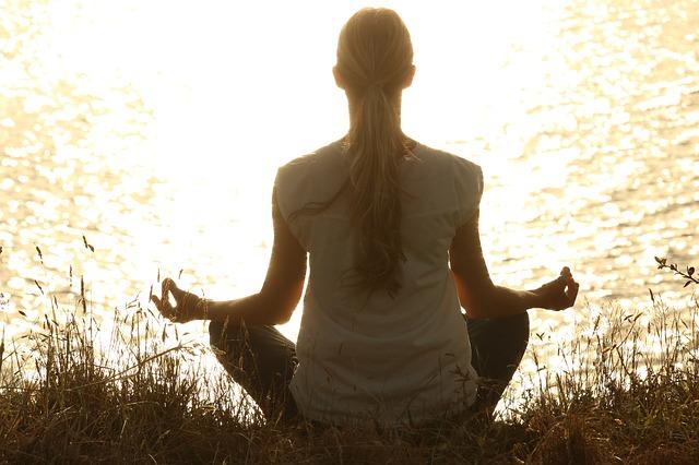 A meditáció jótékony hatásai a pszichére (lélekre)