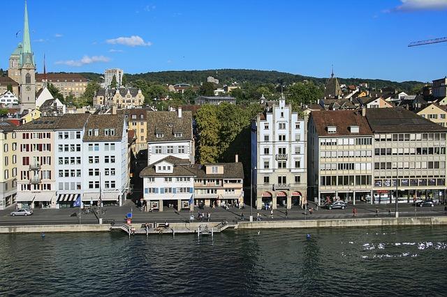 Svájcban mégis vannak olyan magánbankok, amelyekről a járókelő azt hinné, patinás lakóház csupán